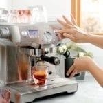 Vero Cappuccino Rose Lifestyle Breville Espresso Pour Forweb